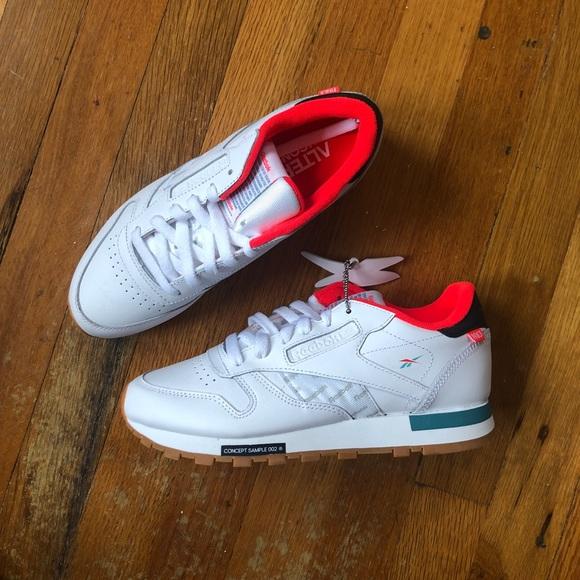 2eb9f63868e Reebok Classic Alter the icon sneakers